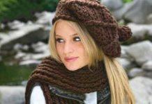 Вязаный комплект шапка, шарф и митенки
