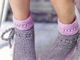 Теплые носочки спицами из пряжи двух цветов