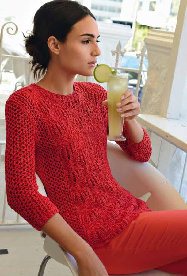 Красный пуловер спицами с узором Ракушка