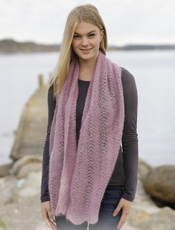 Шапка и шарф спицами нежно-розового цвета схема вязания
