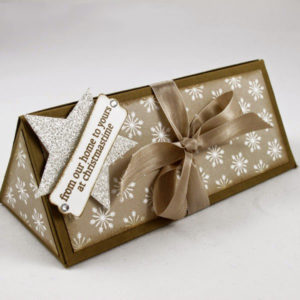 triangle-gift-box