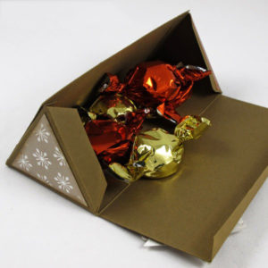 triangle-gift-box-open