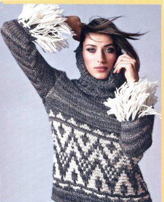 Серый свитер спицами с воротником хомут и бахромой на рукавах схема вязания с подробным описанием для женщин спицами