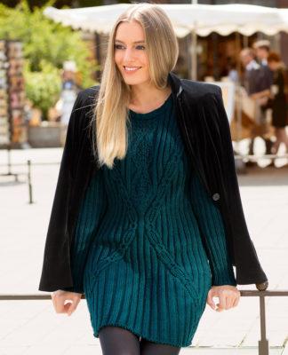Изумрудное платье спицами с узором из кос схема вязания спицами с подробным описанием