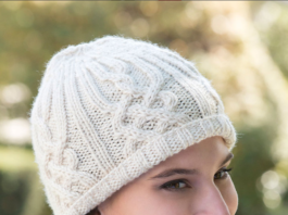Модная шапка бини с аранами спицами схема вязания с подробным описанием для женщин