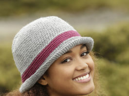Модная шляпа крючком для женщин подробное описание