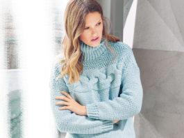 Женский пуловер спицами с поперечной косой