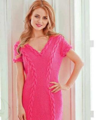 Платье-туника спицами с узором из кос схема вязания