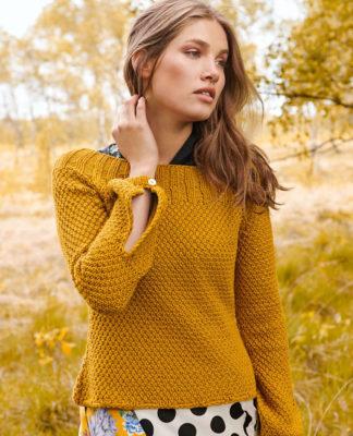 Горчичный пуловер спицами жемчужным узором схема вязания с подробным описанием