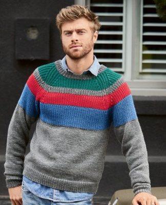 Мужской пуловер с полосатой кокеткой и рукавом Реглан