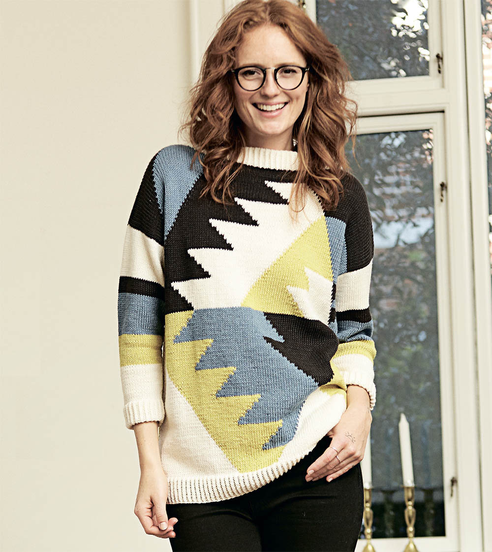 Пуловер спицами в технике интарсия с рукавом 3/4 схема вязания с подробным описанием бесплатно