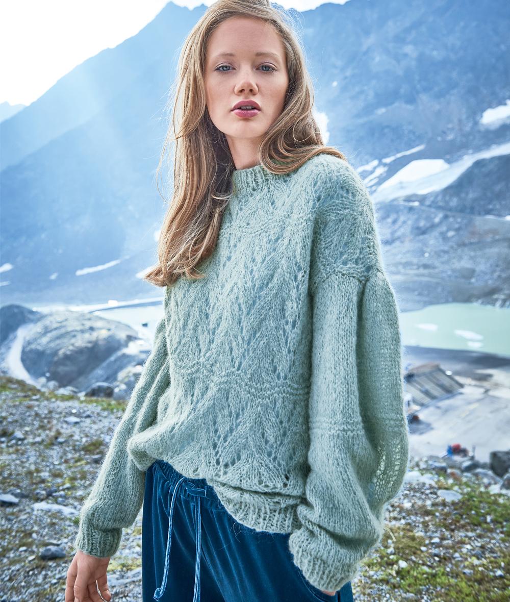 Пуловер спицами с объемным рукавом схема вязания с подробным описанием для женщин спицами
