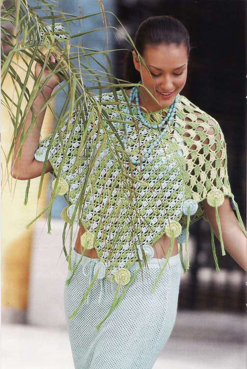 Летнее пончо крючком из разноцветной пряжи вязание для женщин сописанием