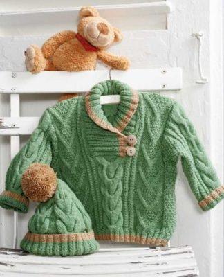 Шапочка и свитер для малыша спицами