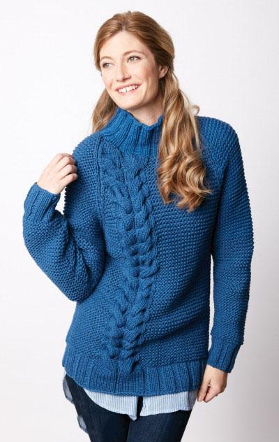 Женский свитер спицами с двойной косой