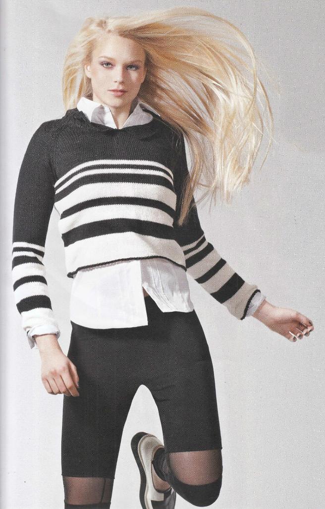 Укороченный пуловер спицами в полоску схема вязания спицами с подробным описанием