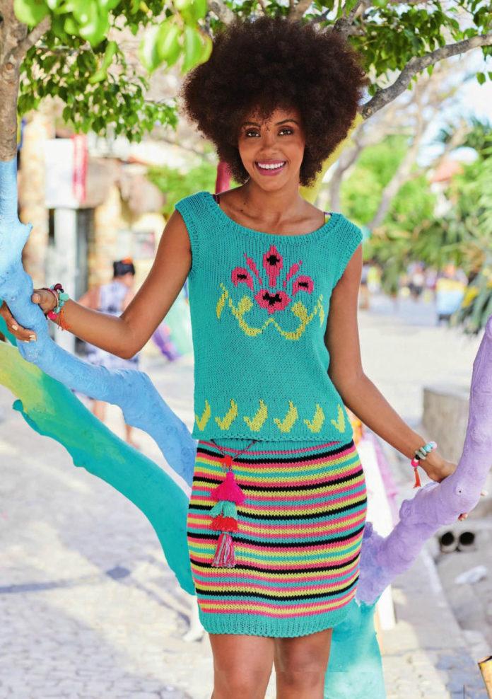 Летний комплект: вязаный топ и юбка спицами с ярким орнаментом схема вязания с подробным описанием