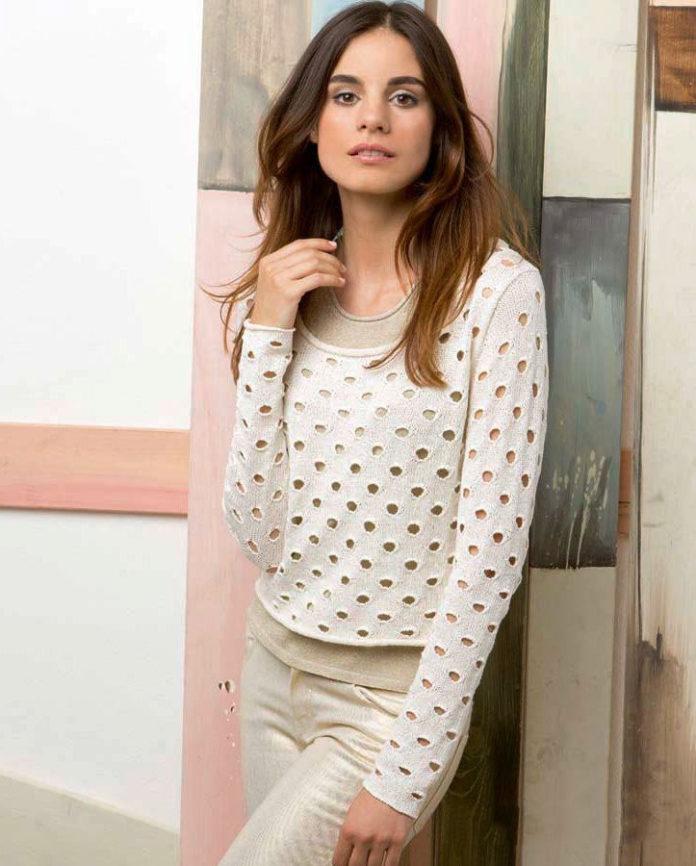 Пуловер спицами с дырявым узором схема вязания с подробным описанием для женщин спицами