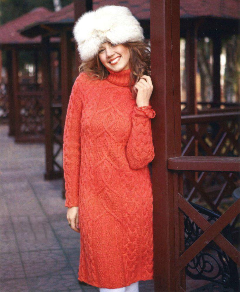 теплое вязаное платье спицами с узором араны и косы портал