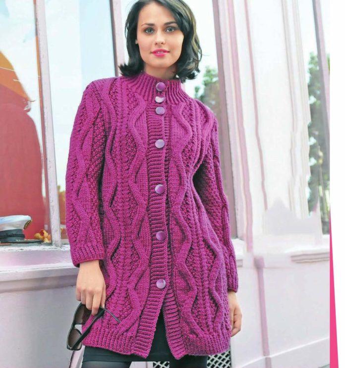 Пальто спицами с крупным рельефным узором схема вязания спицами с подробным описанием для женщин