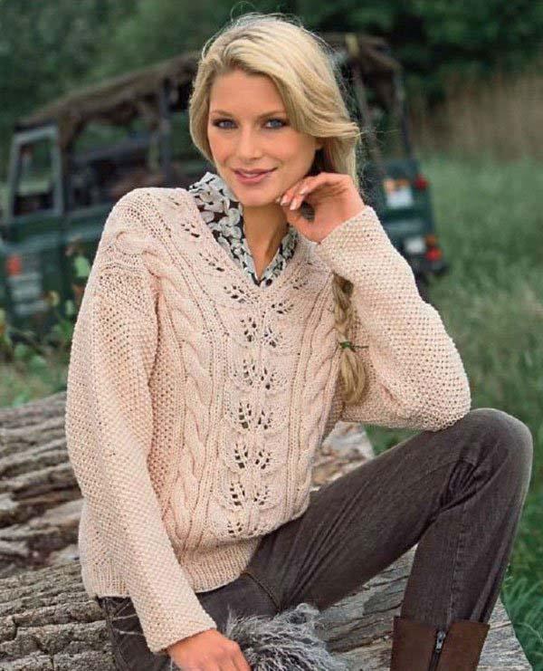 Пуловер спицами с узором из листьев и кос схема вязания спицами с подробным описанием