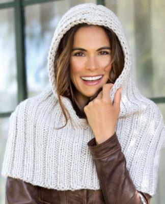 Накидка капюшон спицами из толстой пряжи схема вязания спицами с подробным описанием для женщин