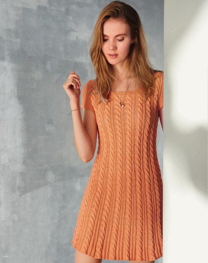 Оранжевое платье спицами с узором из кос схема вязания спицами с подробным описанием для женщин
