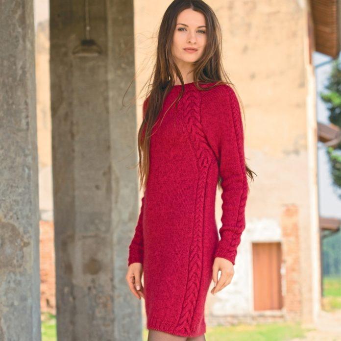 Платье с косами вязаное спицами вишневого цвета схема вязания с описанием для женщин бесплатно