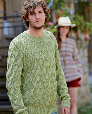Мужской свитер спицами с узором соты схема вязания с описанием