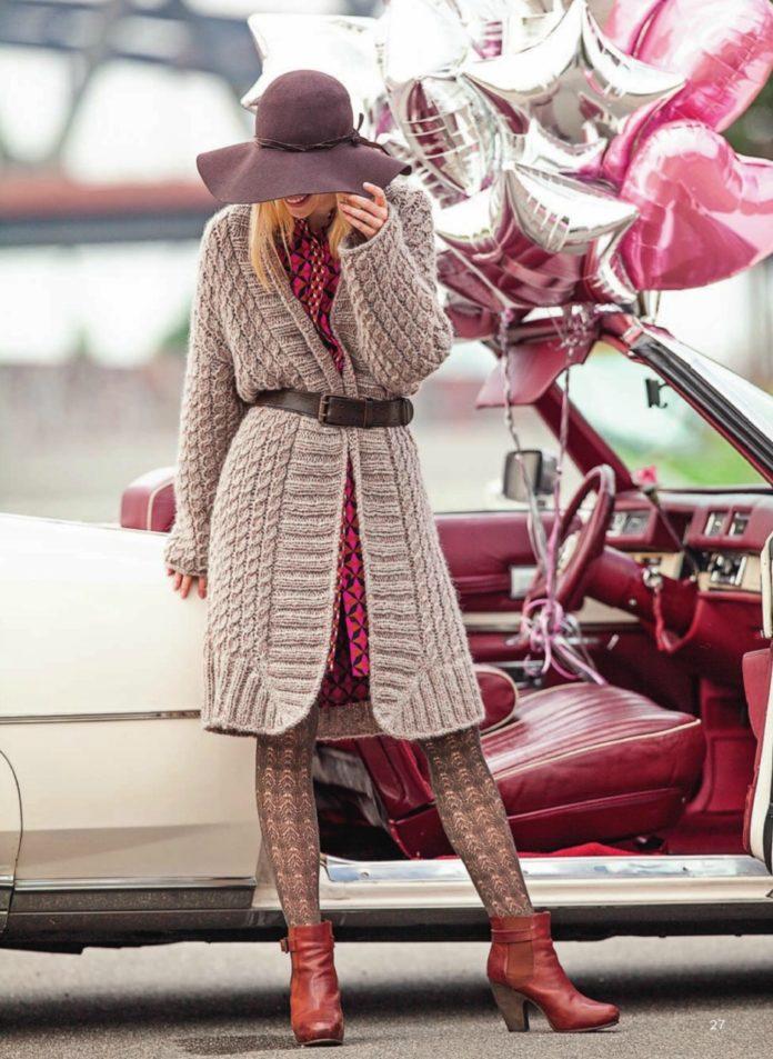 Вязаное пальто спицами с узором из кос схема вязания с подробным описанием