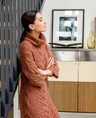 Платье спицами со спущенным рукавом схема вязания спицами с подробным описанием