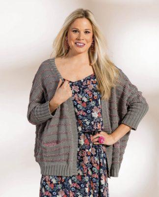 Вязаный жакет Plus Size с цельновязанным рукавом схема вязания с подробным описанием для женщин