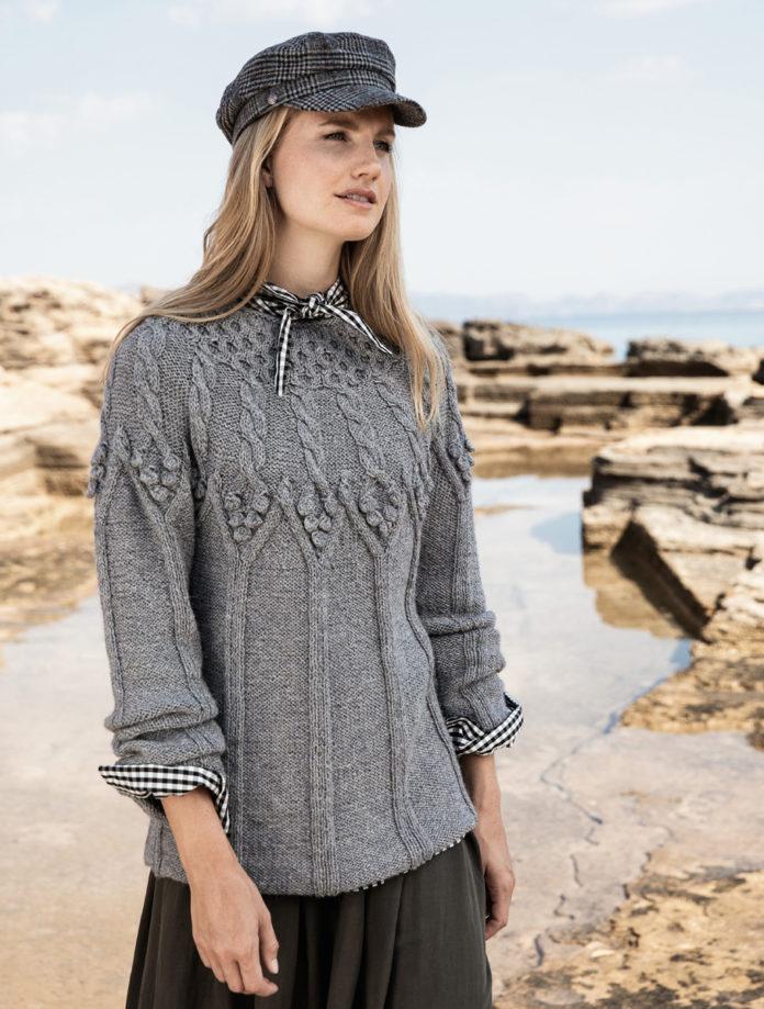 Удлиненный пуловер спицами на круглой кокетке схема вязания с подробным описанием для женщин