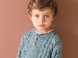 Пуловер для мальчик с узором из кос схема вязания с подробным описанием
