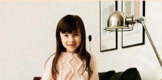 Детский пуловер спицами с узором из шишечек и Аранов схема вязания для девочек с подробным описанием бесплатно