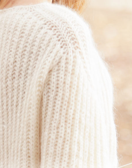 Воздушный пуловер спицами английской резинкой  схема вязания с подробным описанием для женщин