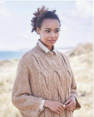 Пуловер спицами с узором из крупных кос схема вязания с подробным описанием для женщин спицами