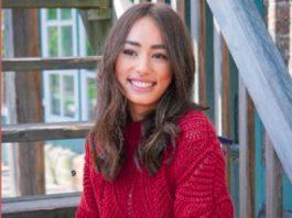 Малиновый пуловер спицами с волнистым узором схема вязания с подробным описанием для женщин спицами